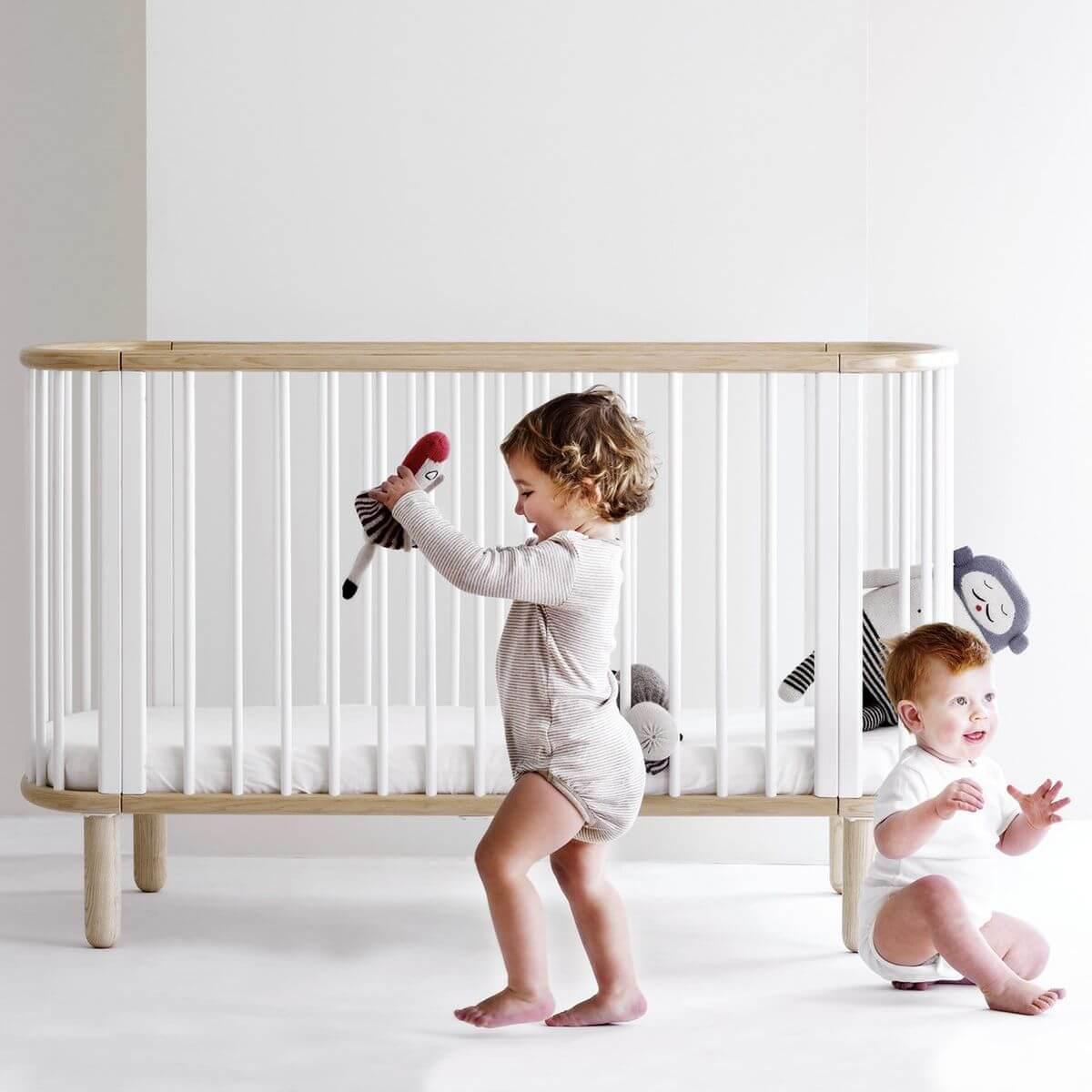 BABY by Flexa Lit bébé évolutif 75x145 cm Ovale Blanc et Hêtre