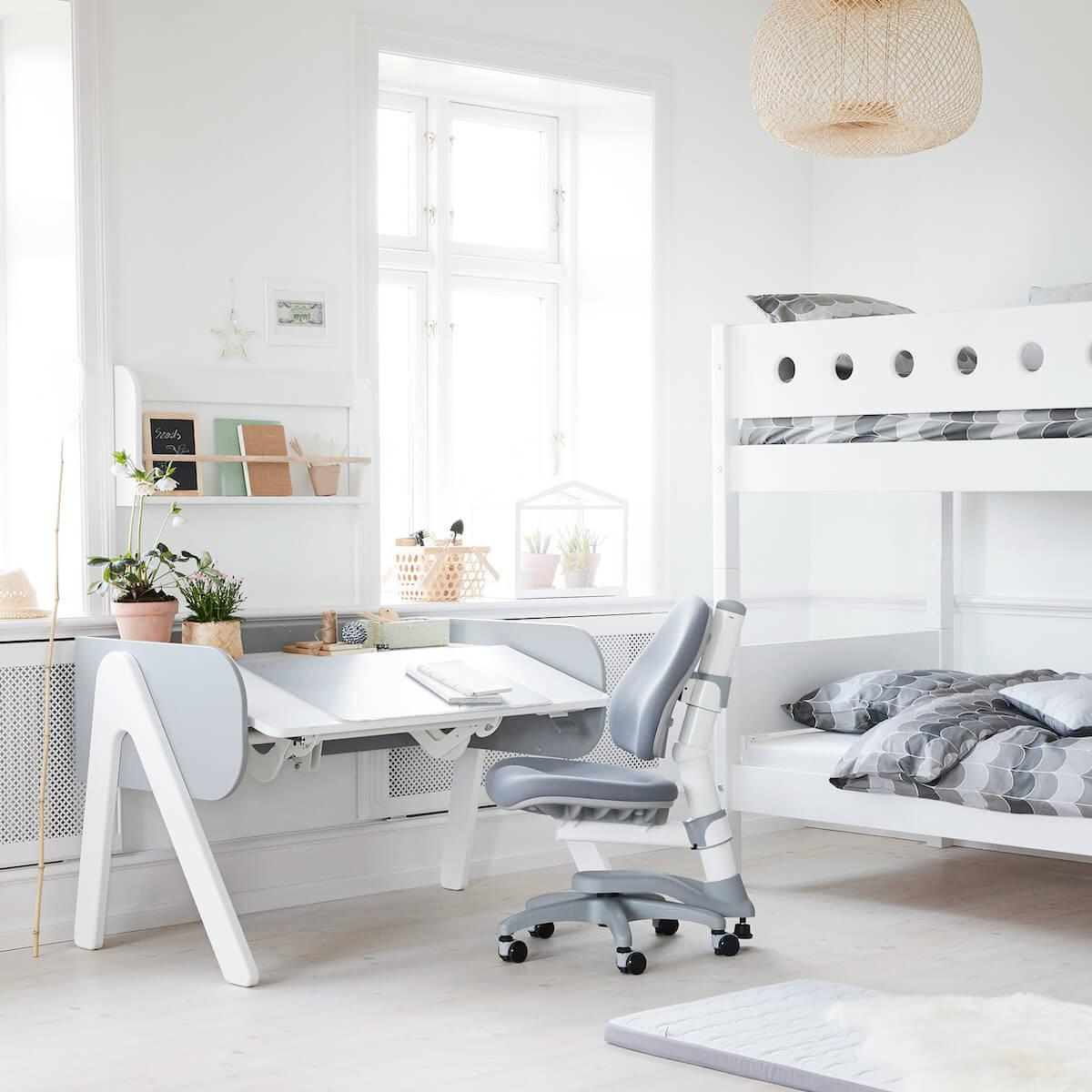 Bureau évolutif enfant WOODY Flexa blanc-urban grey