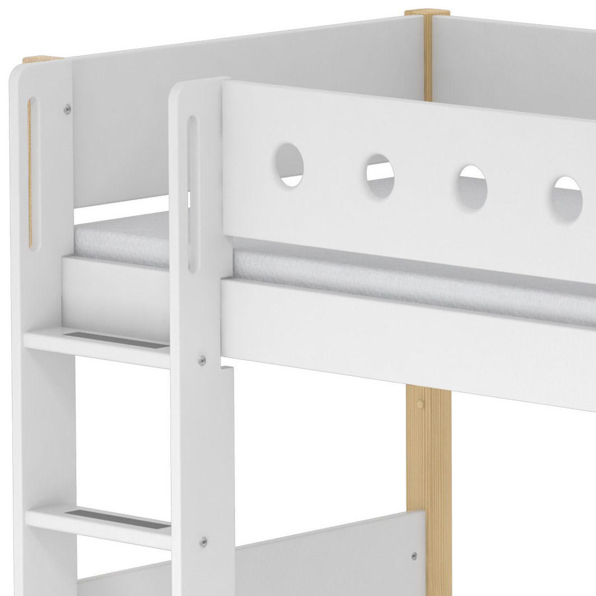 Lit enfant surélevé WHITE Flexa 90x200 échelle droite pieds bouleau barrière blanche