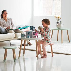Pack PLAY table – 2 tabourets Flexa blanc